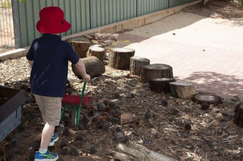 Port-Augusta-West-Childhood-Services-Centre-Natural-Materials-Play-Nature-Based-Preschool